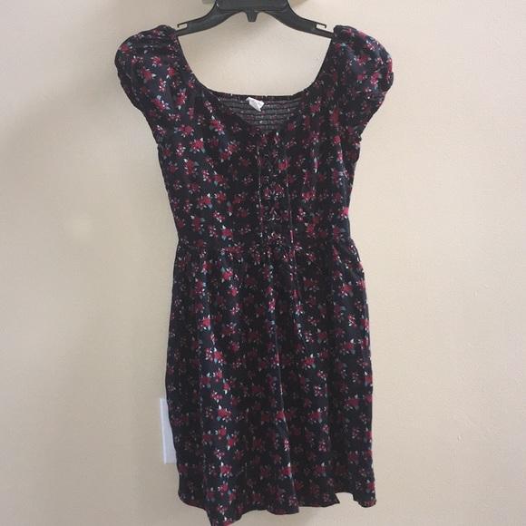 Aeropostale Dresses & Skirts - Aeropostale midi dress puff sleeves XS